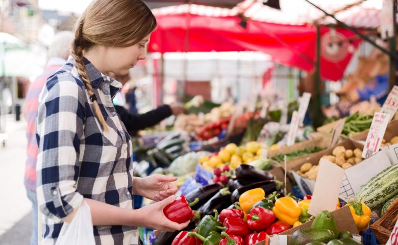 6 simple ways to sneak veggies into your breakfast